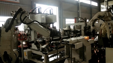 机器人自动冲孔焊螺帽焊机架一体机