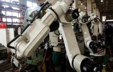 机器人生产流水线